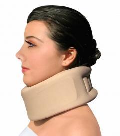 Reinforced cervical collar