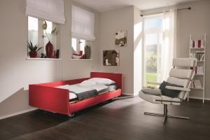 Venta care bed by Stiegelmeyer