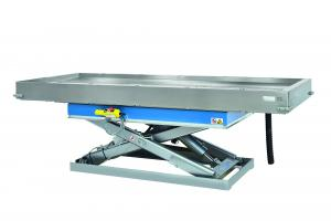 Electrically Height-Adjustable Autopsy Table for Large Animals