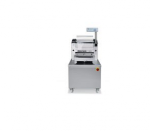 Semi-automatic traysealers