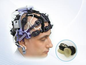 24-channel EEG-headset with AgCl electrodes with solid-gel parts