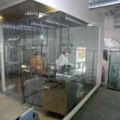 Laminar flow booths