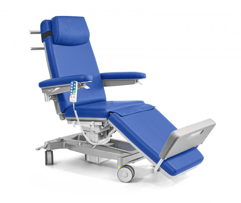 Height adjustable electric chair with footrest