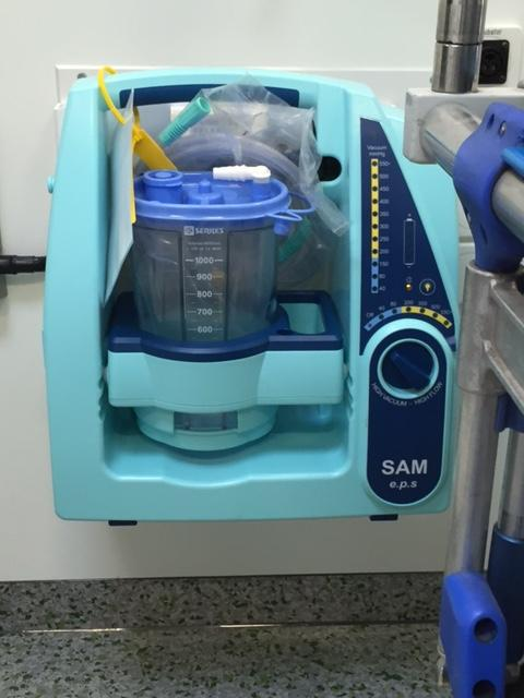 Portable Medical Suction for Neonates \ Neonatal procedures