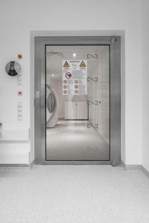 RF door