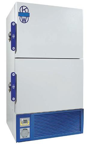 Vertical freezers -85 ° C double door