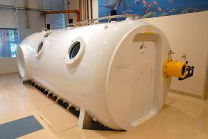 Hyperbaric Chambers for wound healing, diabetic foot ulcers and diving medicine