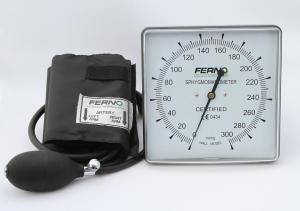 FERNO2 Sphygmomanometer (BP Cuff) Wall Mounted Clock Aneroid