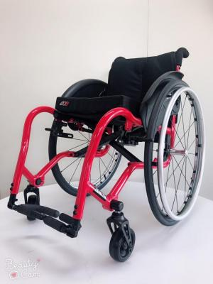 wheelchair, active wheelchair, lightweight wheelchair, everyday wheelchair, customized wheelchair, folding wheelchair